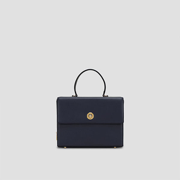 [Sold Out][경리 착용]Joseph Box Bag Dark Navy