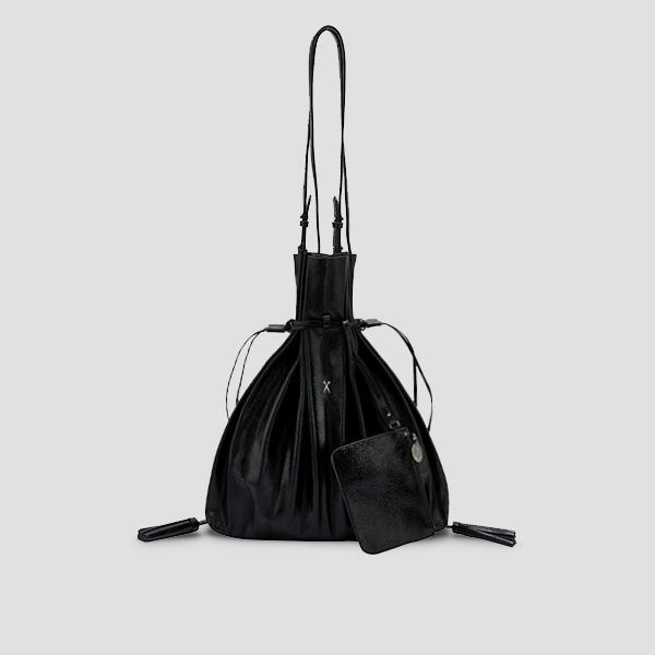 [이청아 착용]Lucky Pleats Shopper Cracked Black