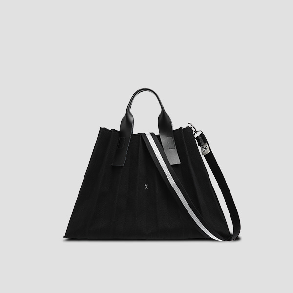 Lucky Pleats Canvas L Black_Black(+Webbing Strap)