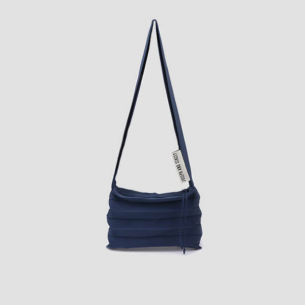 Lucky Pleats Knit Crossbag Mid Blue