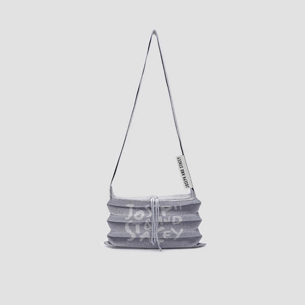 [3/23 예약배송]Lucky Pleats Knit Crossbag Graffiti Platinum