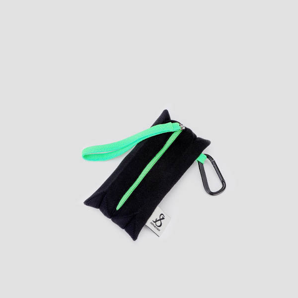 [3/2 예약배송]Lucky Pleats Pouch Slim Rich Black